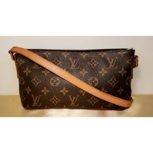 Authentic Louis Vuitton Monogram Trotteur Crossbod